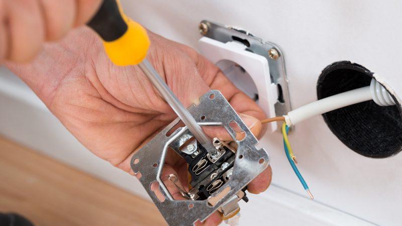 Installations électriques : mise en conformité requise
